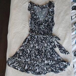 Forever 21 Black and White Mini Dress